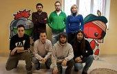 El grupo de jóvenes que desarrollan el videojuego